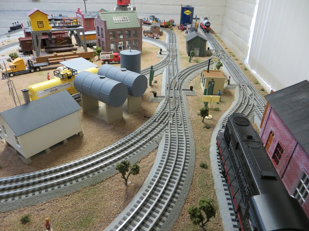 O-Gauge-Model-Train-Image-4