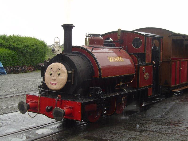 Talyllyn_Railway_No._3_'Sir_Handel'_at_Tywyn_-_2008-06-05