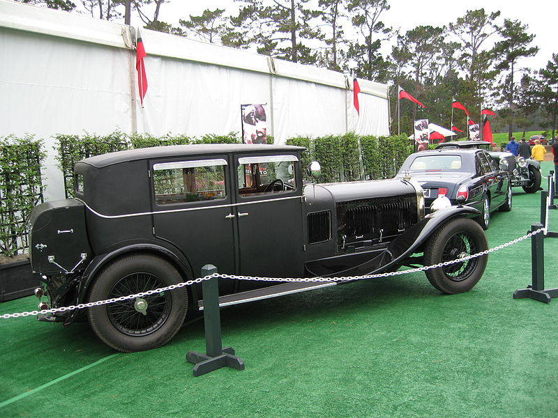 Blue_Train_Bentley_6½-litre_saloon