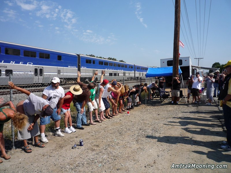 amtrak-mooning-2008-0369