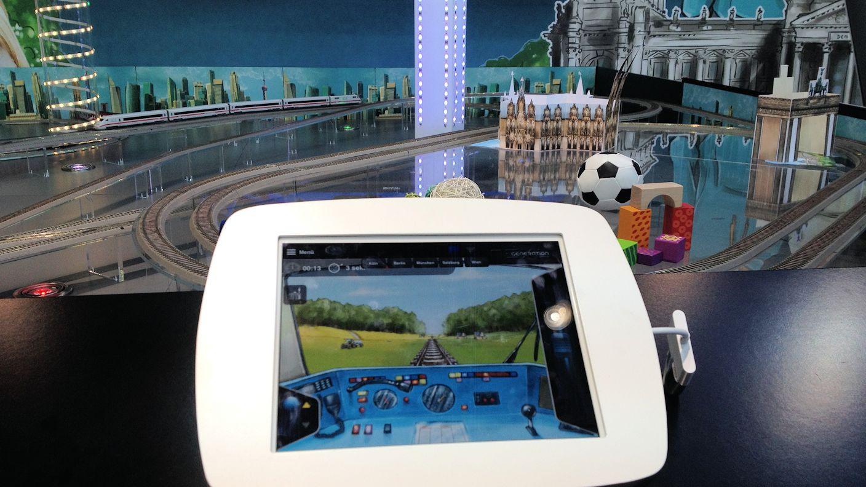Roco- Next Generation Modellbahn - Steuerung  über Tablet