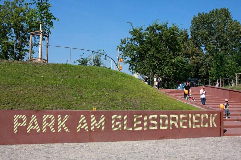 ber_park_am_gleisdreieck_c_lichtschwaermer_4