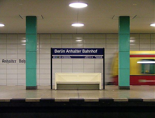normal_Anhalter_Bahnhof_XL001