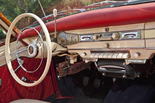 Borgward-Isabella-Cabrio-Deutsch-729x486-80e0be8852b177f2