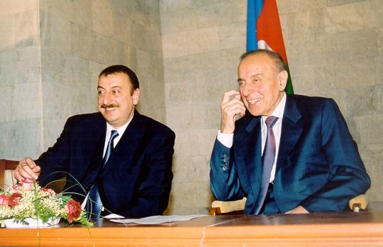 Азербайджан - Армения. Биографии.  Алиев VS Пашинян .
