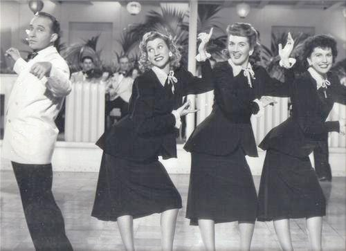 Bing Crosby and the Andrews Sisters Perform