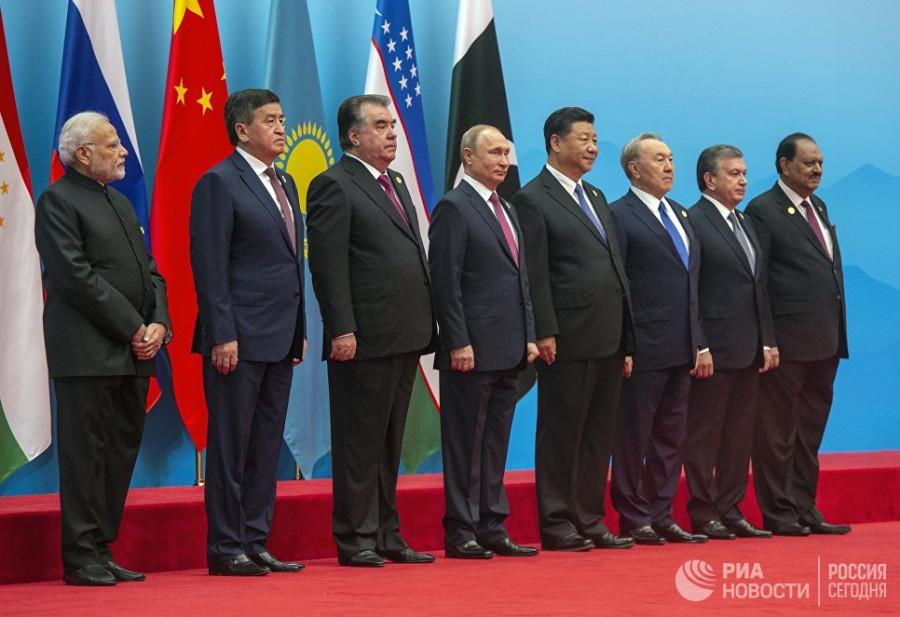 МИД Китая прокомментировал присоединение Индии и Пакистана к ШОС