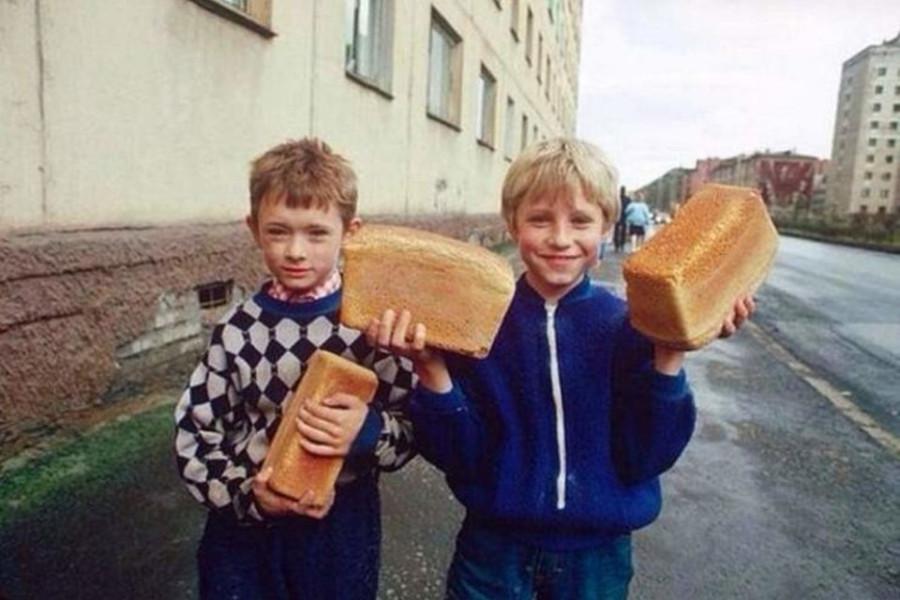 Люди были добрее, а мороженое — вкуснее: что помнят и не забудут рожденные в СССР