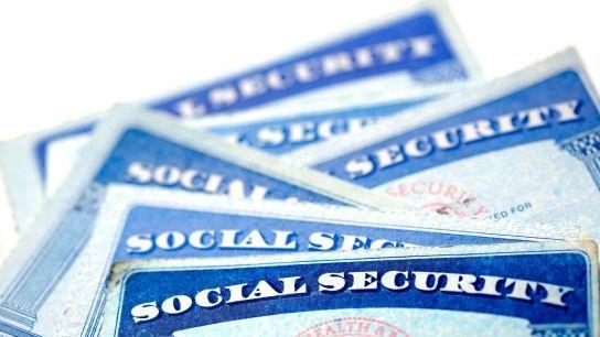 В США повышают налоги на зарплату и увеличивают пенсионный возраст