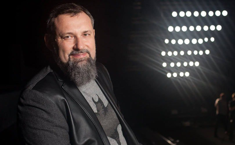 Индустрию моды будут двигать микро-транснациональные компании - Александр Шумский