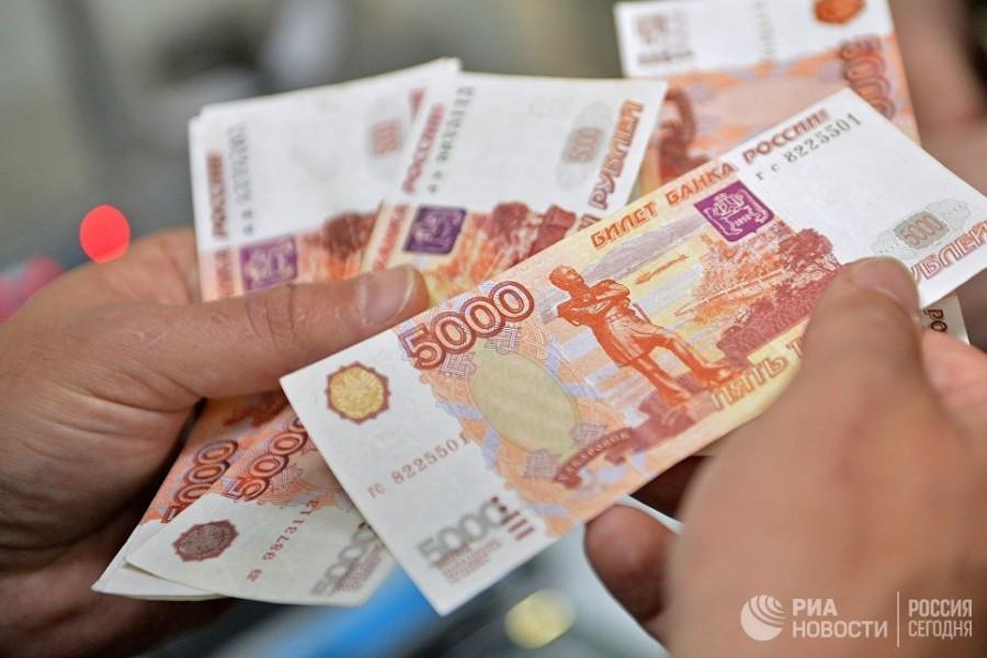 В России впервые за пять лет сократилось количество бедных