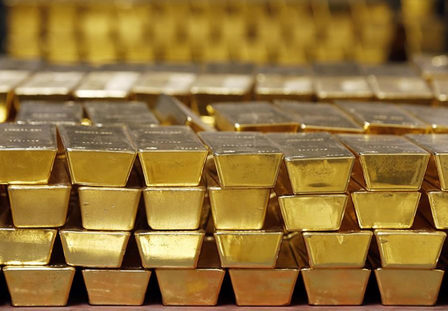 Слитки вместо долларов: Россия нарастила золотой запас до рекордного уровня