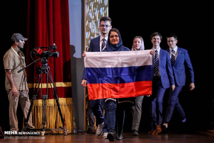 Российские школьники взяли три золота на олимпиаде в Тегеране