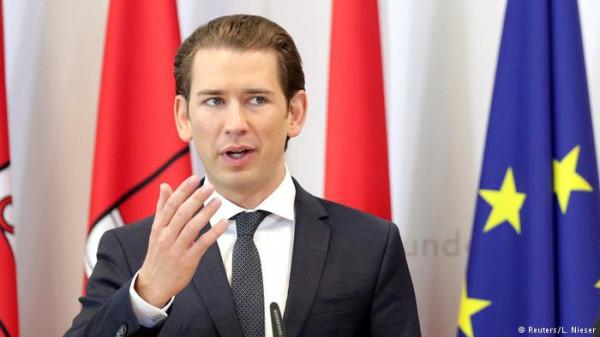 Австрия закроет семь мечетей и вышлет из страны имамов