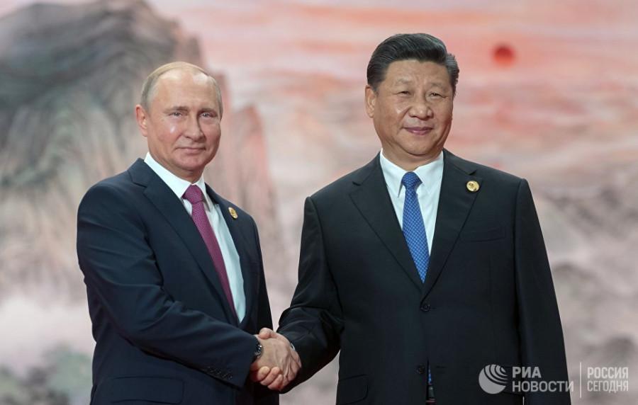 Китай и Россия уходят в отрыв от авианосцев США