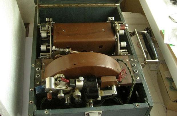 Шоринофон — первый отечественный диктофон