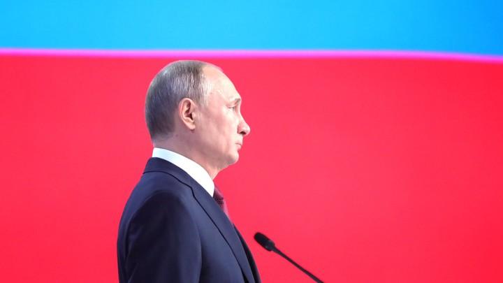 """""""Тихий голос свиньи"""": Непереводимая игра слов Путина 19 лет ставит в тупик иностранцев"""