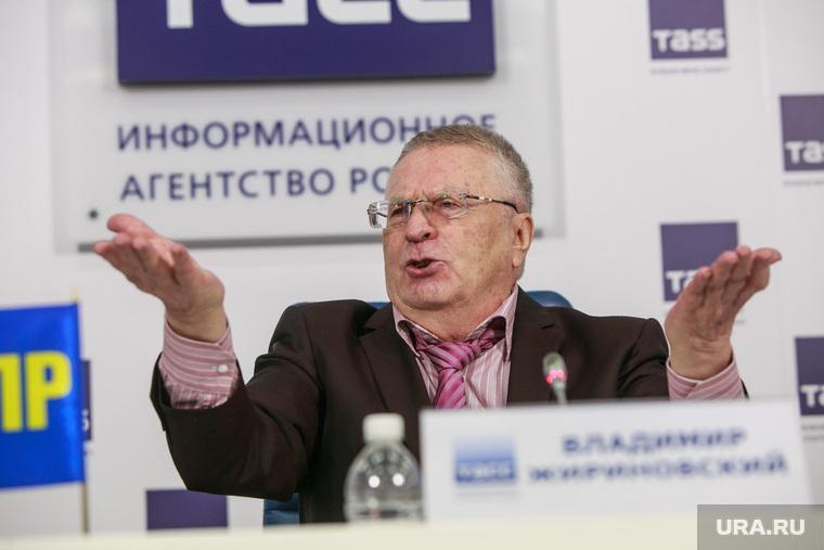 Кремль ведет переговоры о замене Жириновского