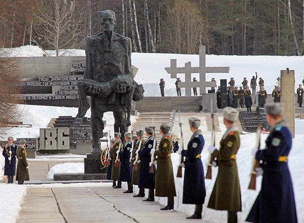 22 марта 1943 г. нацисты заживо сожгли жителей Хатыни