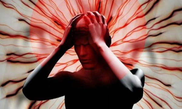 За месяц до инсульта тело делает предупреждение. 7 сигналов, которые нельзя игнорировать