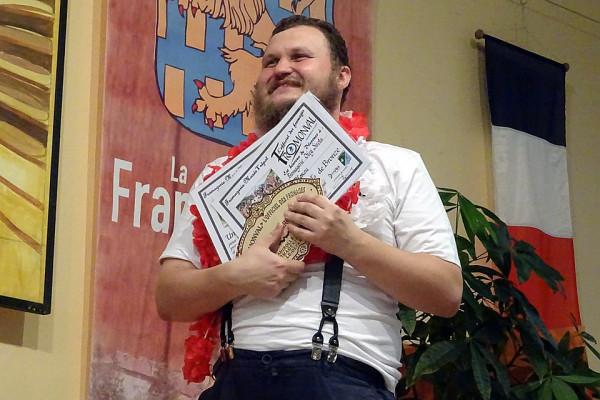 Французы выстроились в очередь на дегустацию российских сыров