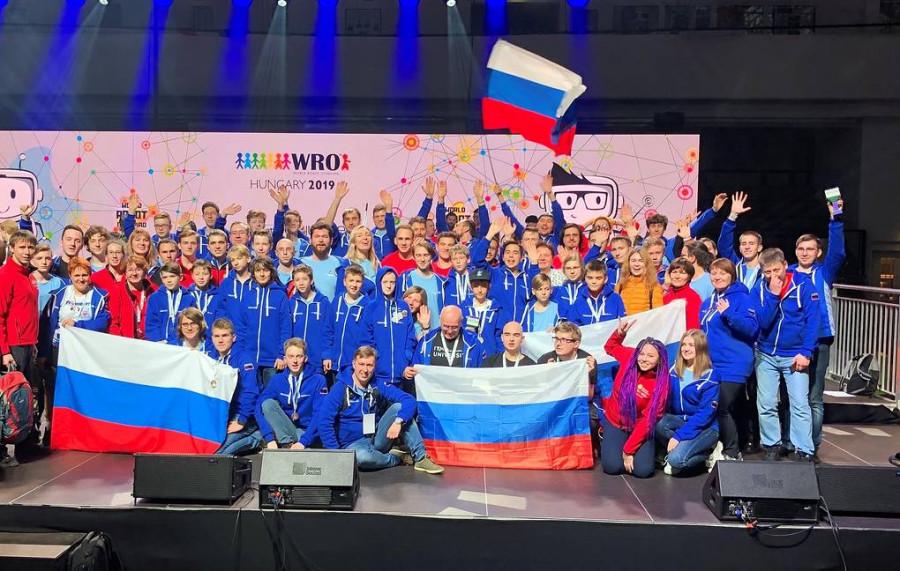 Сборная России выиграла командный зачет всемирной олимпиады по робототехнике