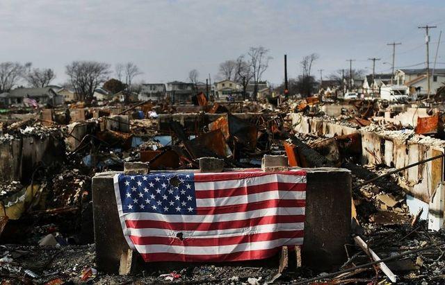 Александр Роджерс: Падение США — о пяти волнах нынешнего суперкризиса