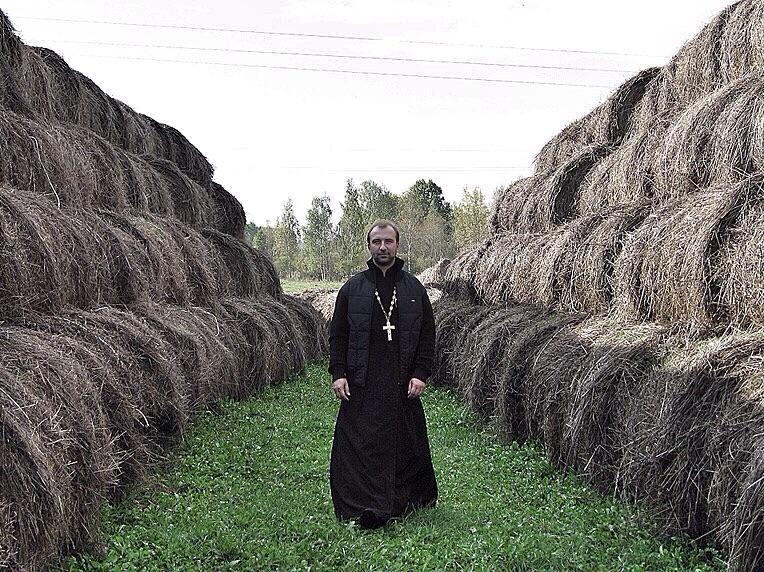 Монастыри и колхозы