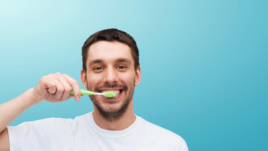 """Какие вещества вы ежедневно """"закидываете в себя"""", чистя зубы"""