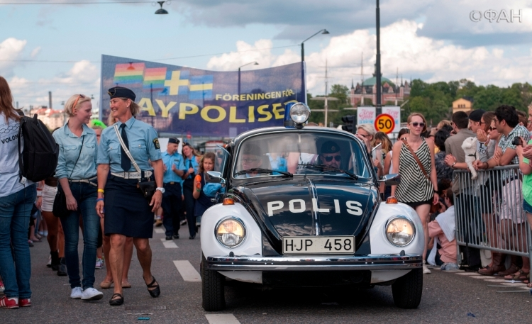 Фото голых девочек в шведской столицы фото 219-313