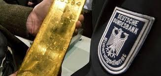 Германия ускорила вывоз золота из хранилищ ФРС США