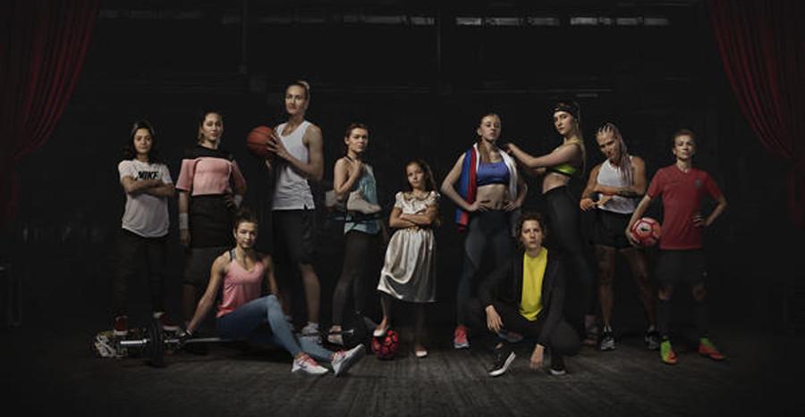 Nike выпустил новый феминистский рекламный ролик. Из чего же сделаны наши девчонки?