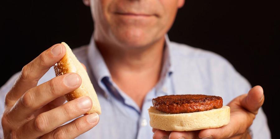 Мясо из пробирки подешевело в 30 000 раз за 4 года