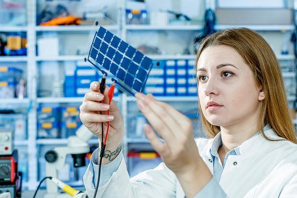 Перовскитные солнечные панели появятся на рынке через полтора года