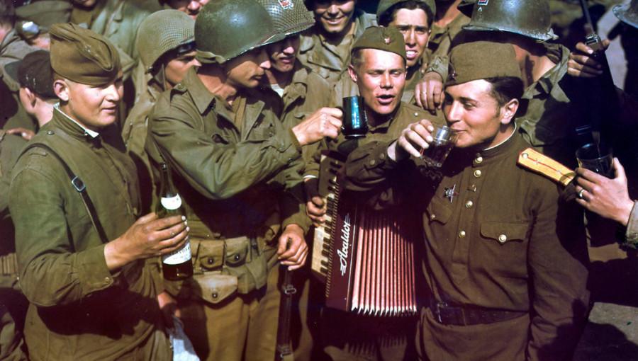 Братья по оружию: 72 года назад состоялась встреча на Эльбе