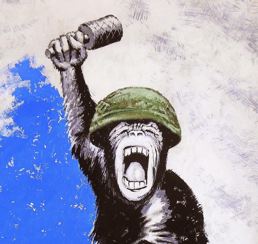 Semenyuk_Monkey_with_a grenade_fragment