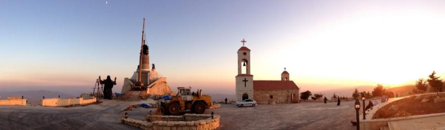 Статуя Иисуса на горе Сейдная