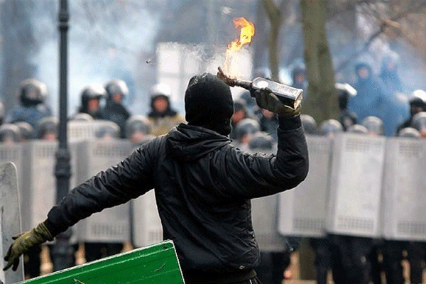 maydan-molotov