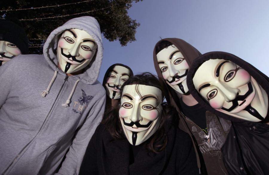 Анонимные политологи представляют: Големы