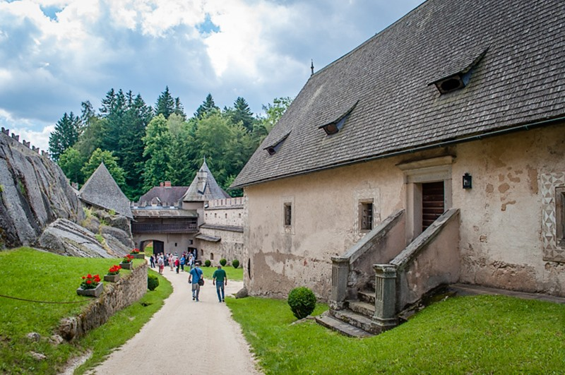 In-the-grounds-of-Burg-Rappottenstein-a-great-Austria-tourist-attraction