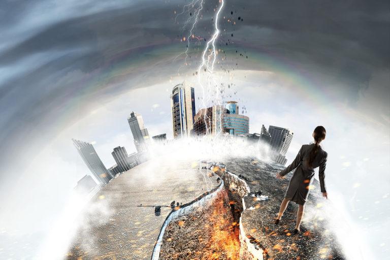 Saxo Bank предсказывает войну и всемирный кризис