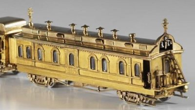 1900-god-yajtso-pashalnoe-s-modelyu-sibirskogo-poezda22222222-800x488