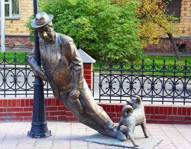 skulptura-dyadya-vasya-pyanica-krasnoyarsk