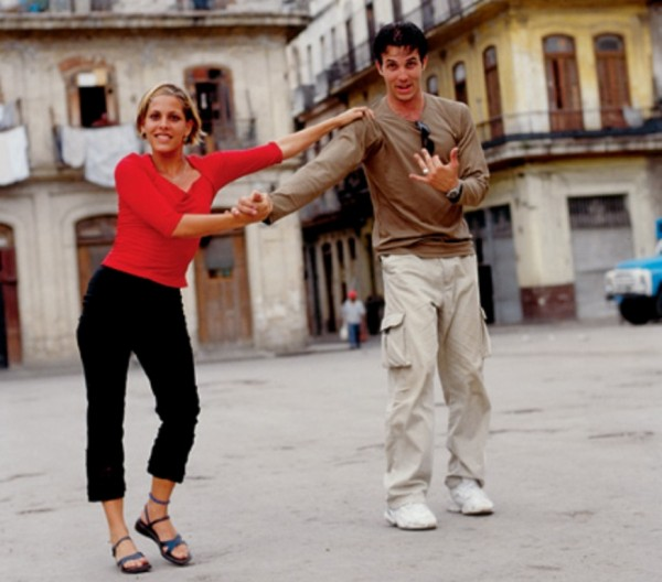 HAV dancing an a plaza3
