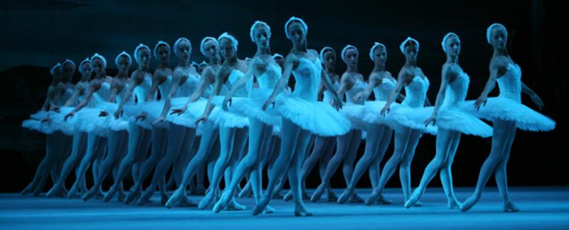 И даже в области балета мы впереди Да.