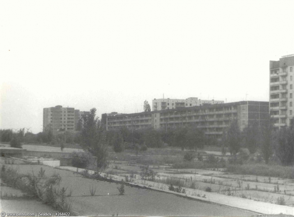 13_Ulitsa_Kurchatova_1994
