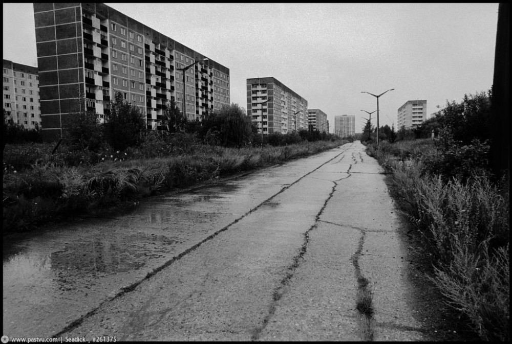 30_prospekt_stroitelej_1997