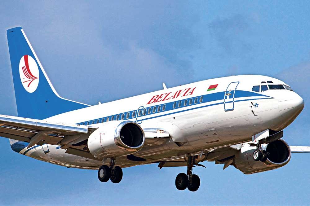 Украина посадила самолёт «Белавиа» под угрозой истребителей.