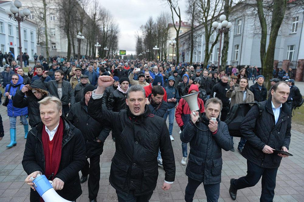 «Марши нетунеядцев» — Беларусь смело протестует,в то время как быдлопутинцы молчат в тряпочку