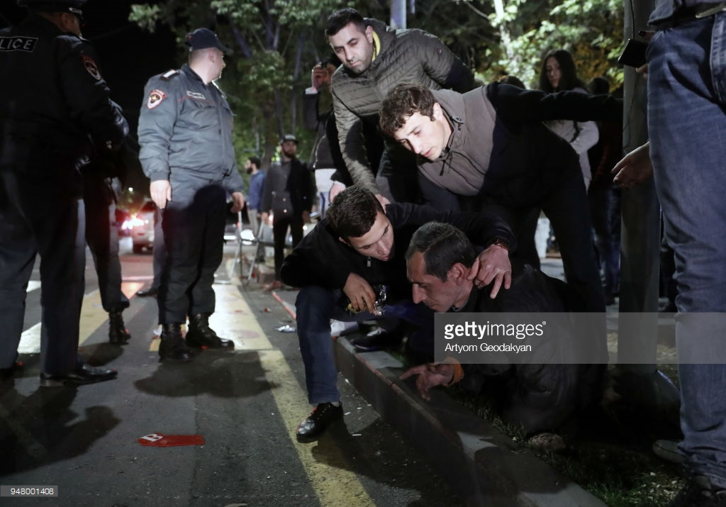 What are the Armenians there? April, Armenia, protesting, against, Yerevan, by police, subscribe,Sargsyan, who, on the streets, protest, Yerevan, Nikol, now, may, the cordon, the police, the prime minister, dozens, some
